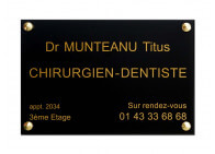 Plaque chirurgien dentiste
